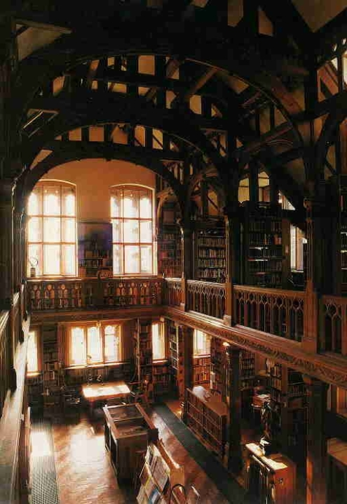 theology-room-at-st-deiniols-library-north-wales.jpg