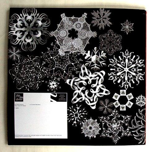 pic_saks-snowflakes-2