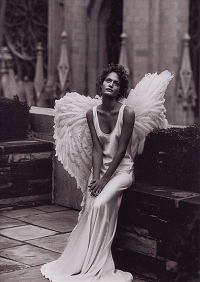 Angel-PeterLindbergh_sc