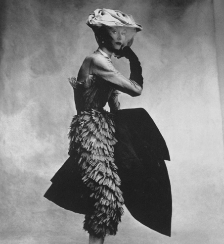 Irving-Penn-Balenciaga-Dress-1950_cut